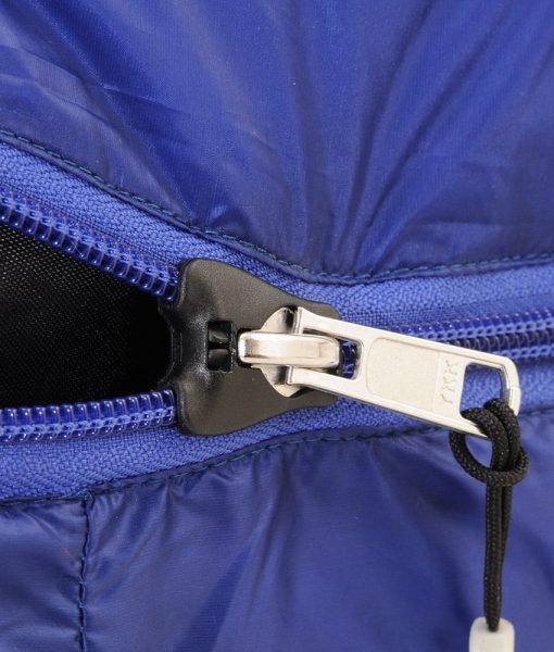 ONE PLANET cocoon sleeping bag detail zip