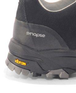 Crosstrack footwear heel
